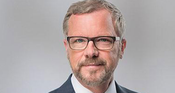 Brad Wall embraces the Avenue Living vision